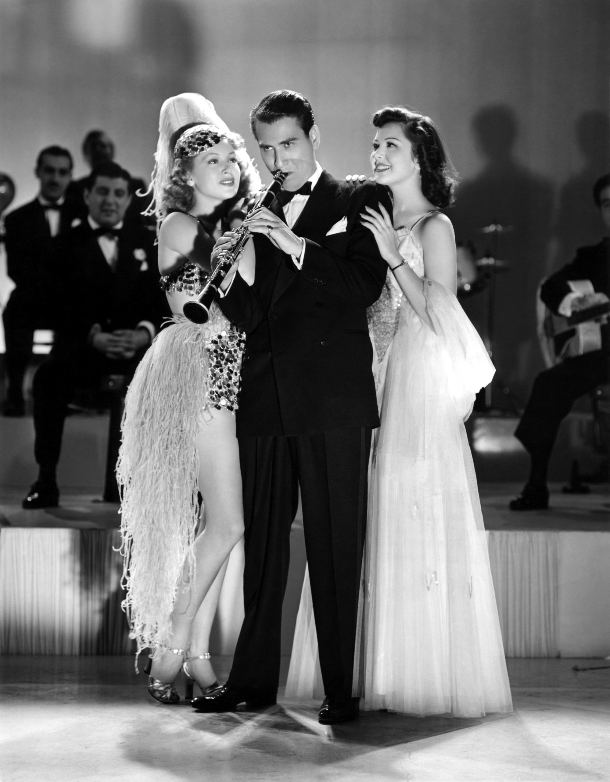 (L to R) Lana Turner, Artie Shaw, Ann Rutherford.