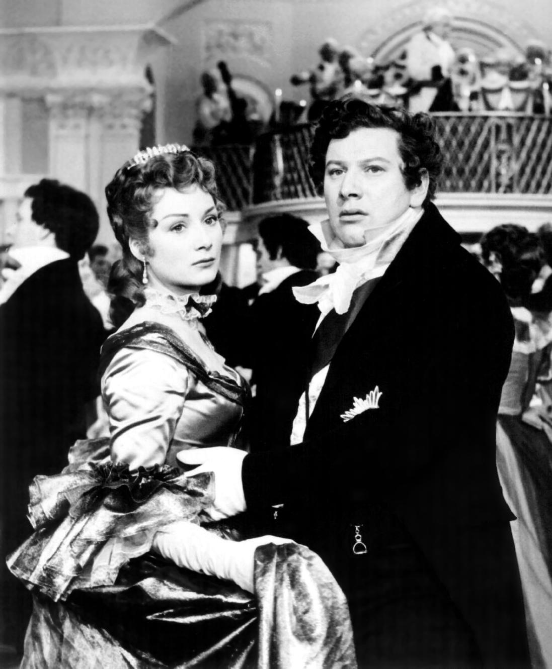 Peter Ustinov with  Rosemary Harris