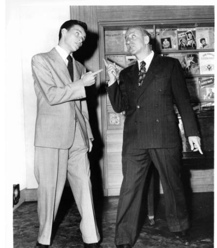 Frank Sinatra and Jimmy Durante in a scene from the film 'It Happened In Brooklyn'
