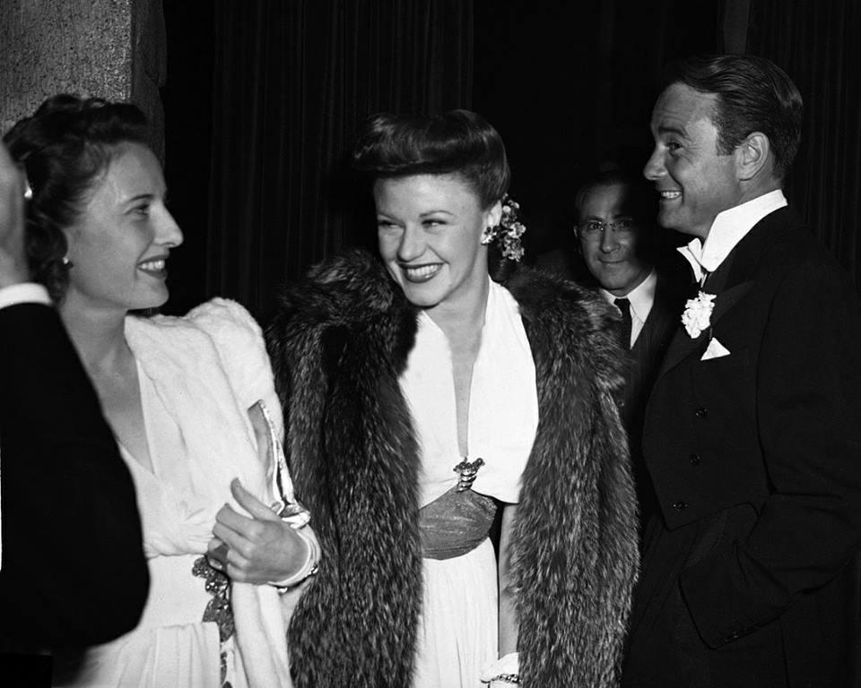 Barbara Stanwyck, Ginger Rogers & Lew Ayres