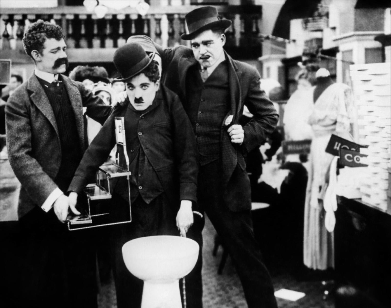 (L to R) Albert Austin, Charlie Chaplin, John Rand