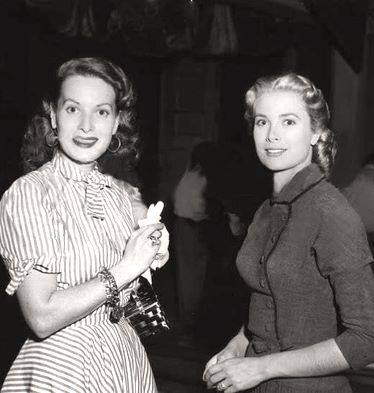 Maureen O'Hara visits Grace Kelly