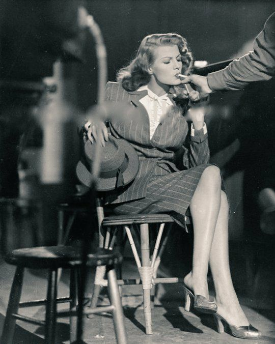 Rita Hayworth photographed on the set of Gilda -1945