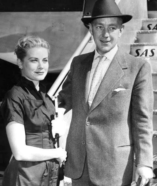 Grace Kelly with Alec Guinness