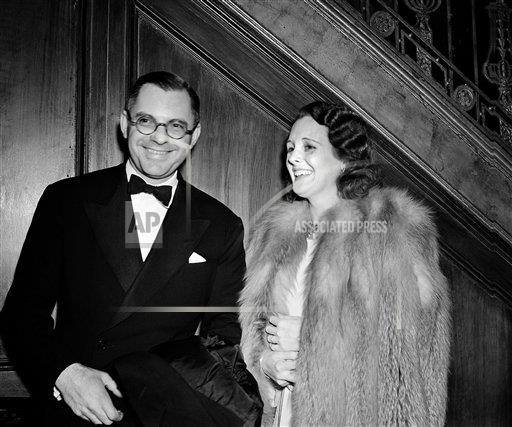 Bennett Cerf talking to actress Mary Astor