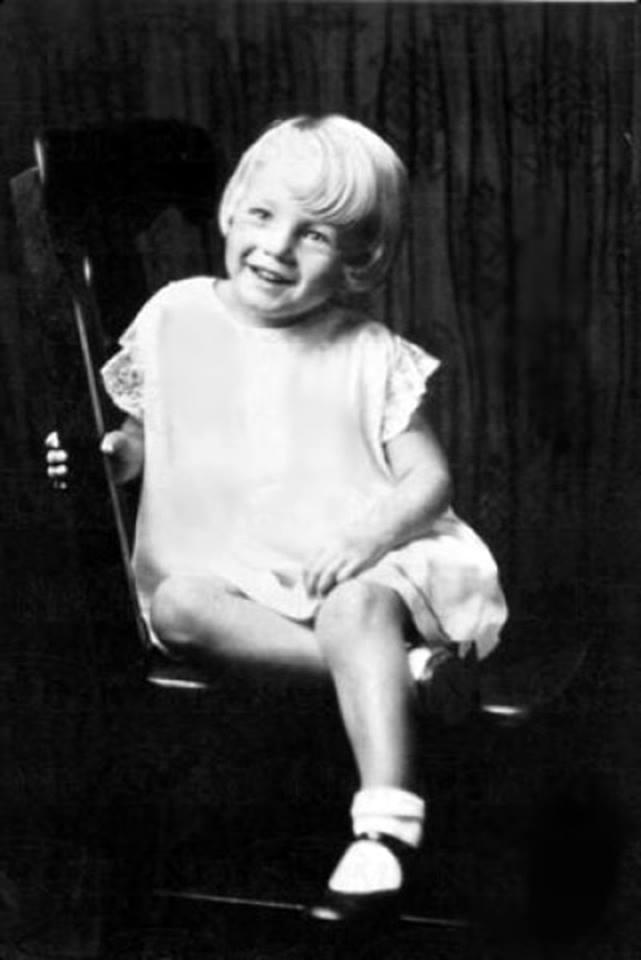 Marilyn Monroe (1926 - 1962)
