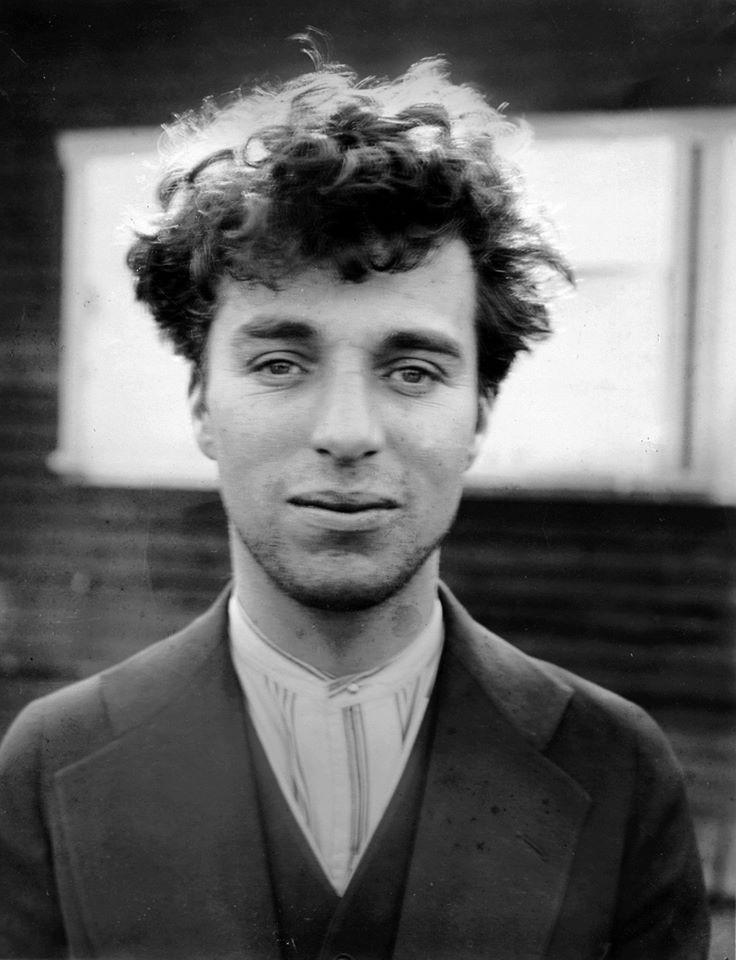 Charlie Chaplin (1889 - 1977)