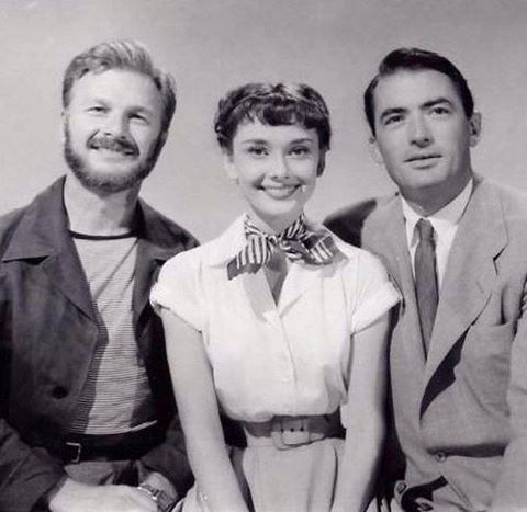 Eddie Albert with Audrey Hepburn and Gregory Peck in a publicity shot for