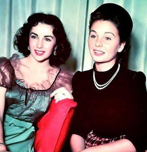 Elizabeth Taylor & Jean Simmons