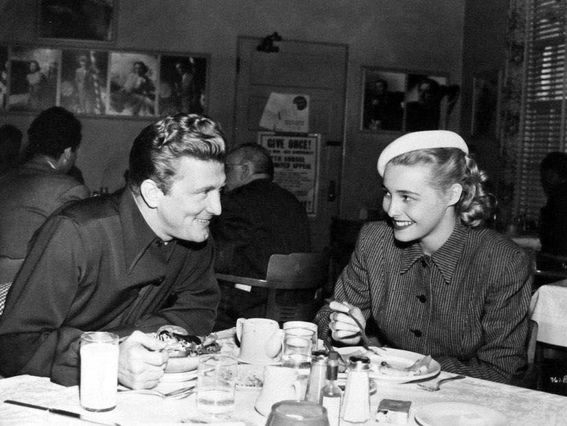 Kirk Douglas & Patricia Neal