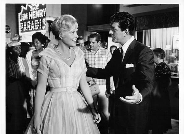 Judy Holliday and Dean Martin in the film Bells Are Ringing 1960