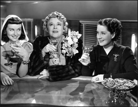 Paulette Goddard,Mary Boland & Norma Shearer.