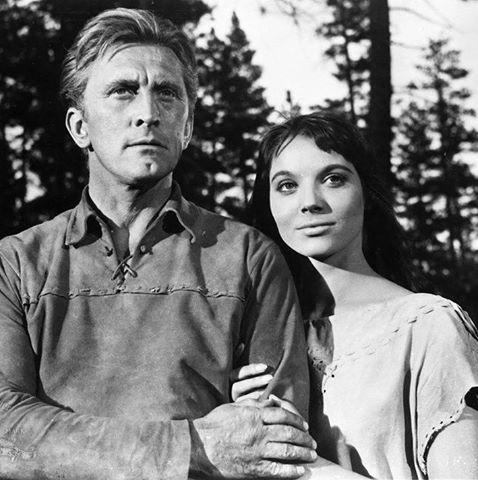 Kirk Douglas & Elsa Martinelli
