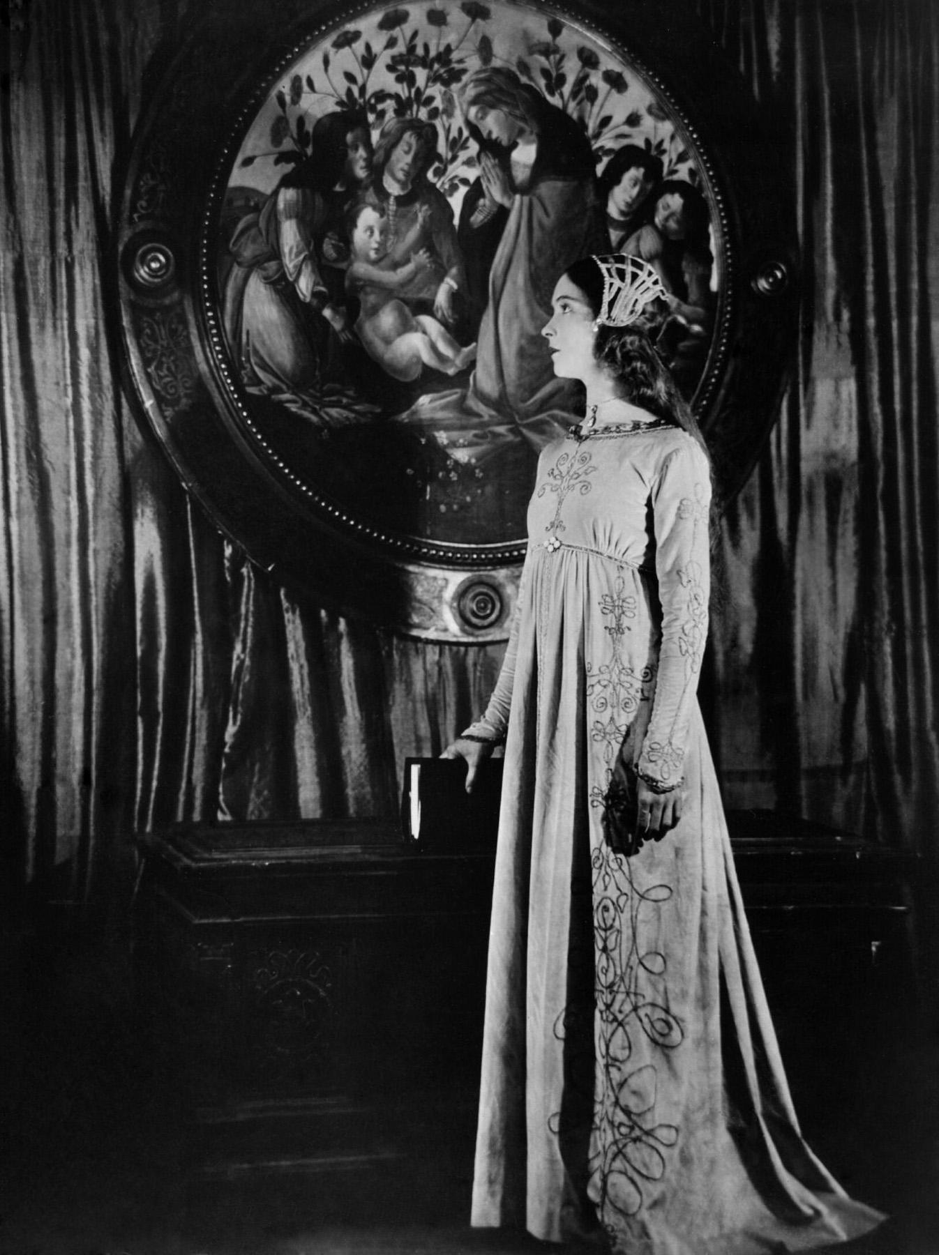 Lillian Gish.