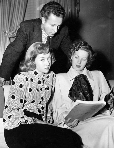 Director NICHOLAS REY with MAUREEN O'HARA & GLORIA GRAHAME on the set of