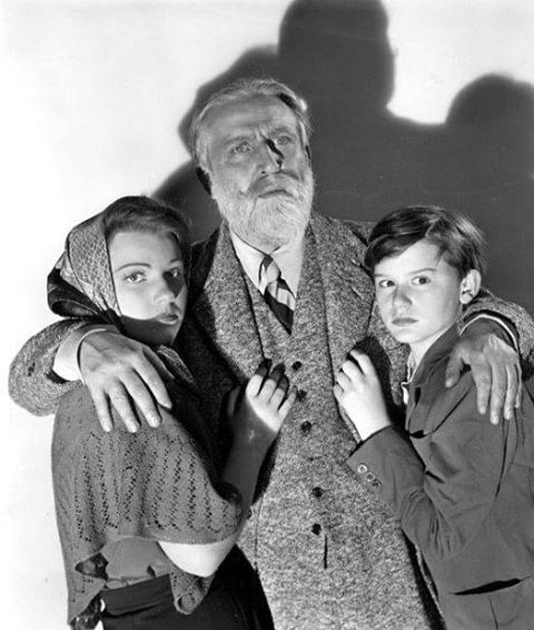Anne Baxter, Monty Woolley and Roddy McDowall in a publicity shot for the movie