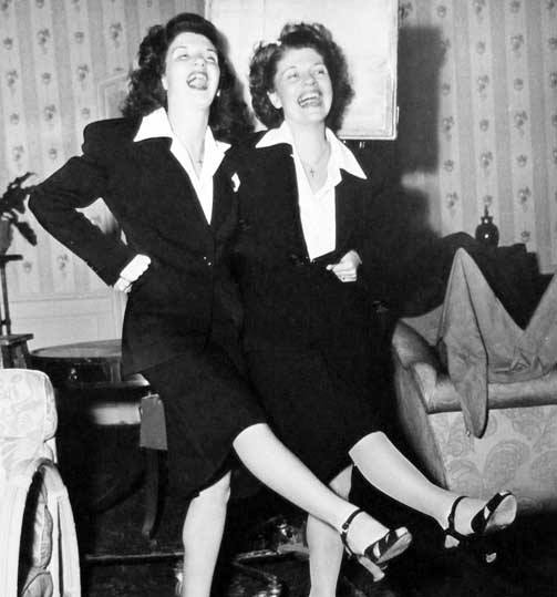 Lovely picture of Peggy with her mother, Hazel