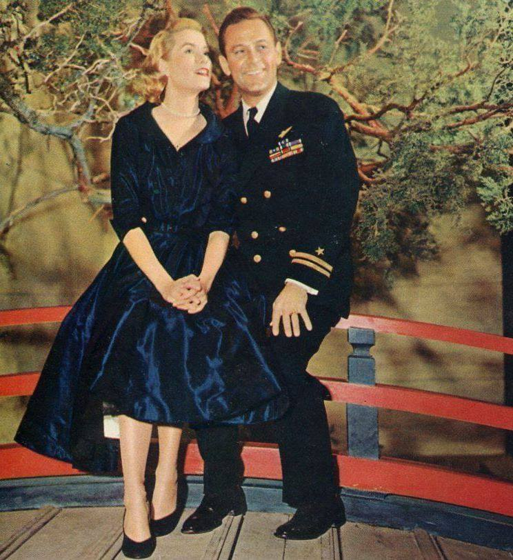 John Wayne & Joan Blondell