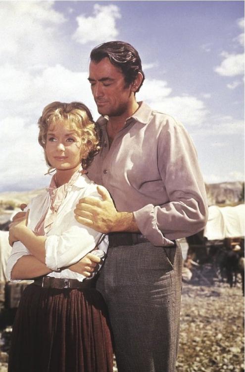 Debbie Reynolds & Gregory Peck