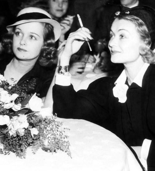 Joan & Constance Bennett