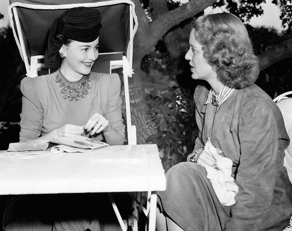 Olivia de Havilland & Bette Davis