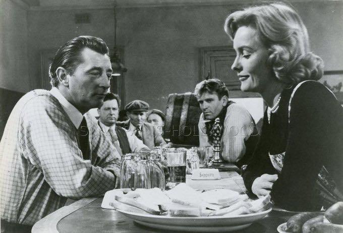 Dina Merril & Robert Mitchum