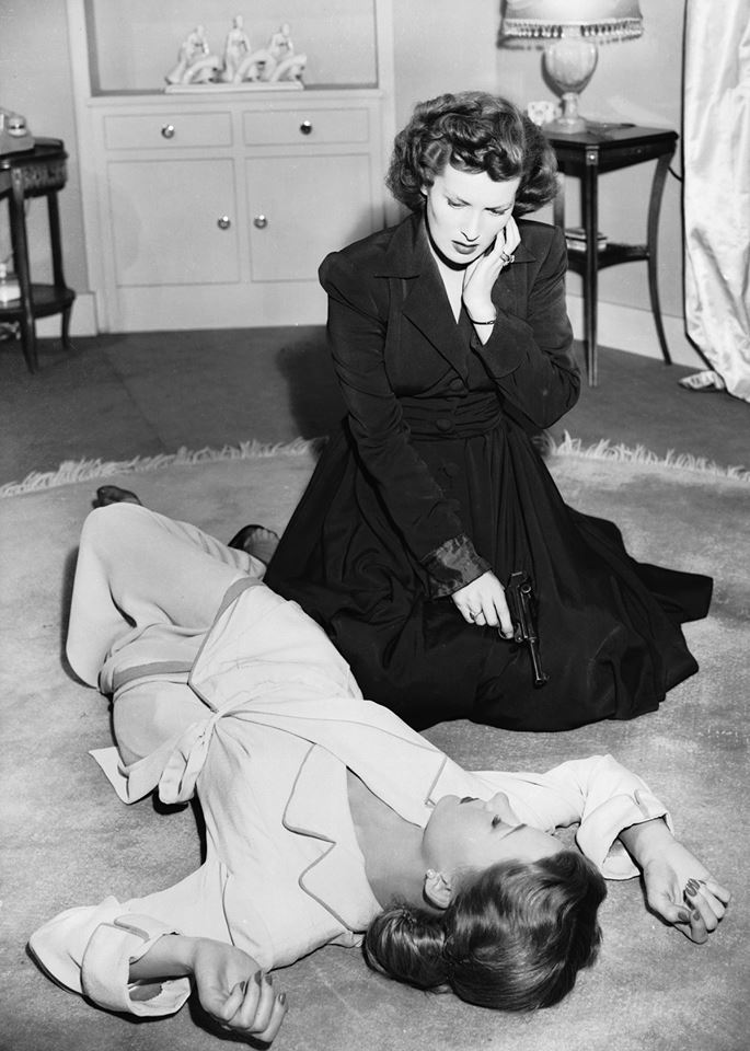 Maureen O'Hara & Gloria Grahame