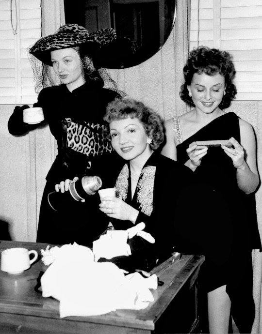 Veronica Lake, Claudette Colbert & Paulette Goddard on the set of So Proudly We Hail,1942.