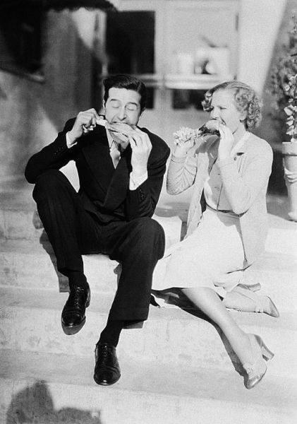 Ray Milland & Jean Arthur