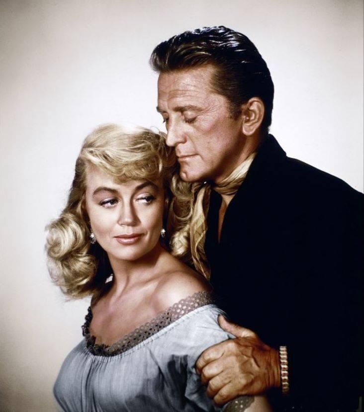 Kirk Douglas & Dorothy Malone