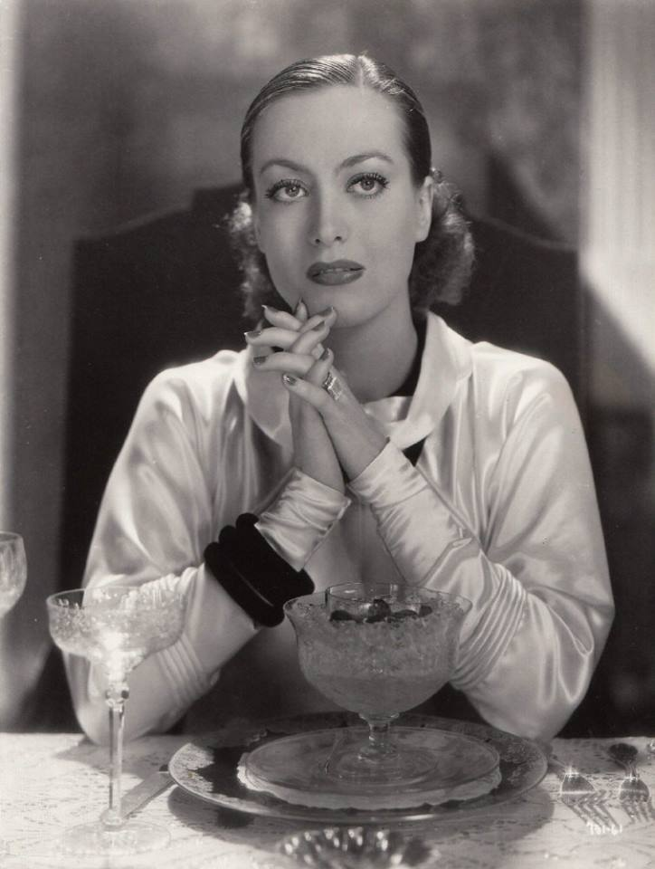 JOAN CRAWFORD (1905 ~ 1977)