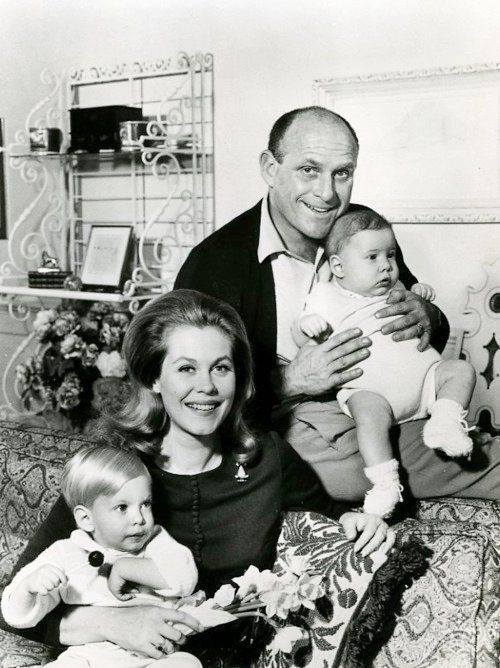 Elizabeth Montgomery & Bill Asher with their children, daughter and grandchildren of actor Robert Montgomery