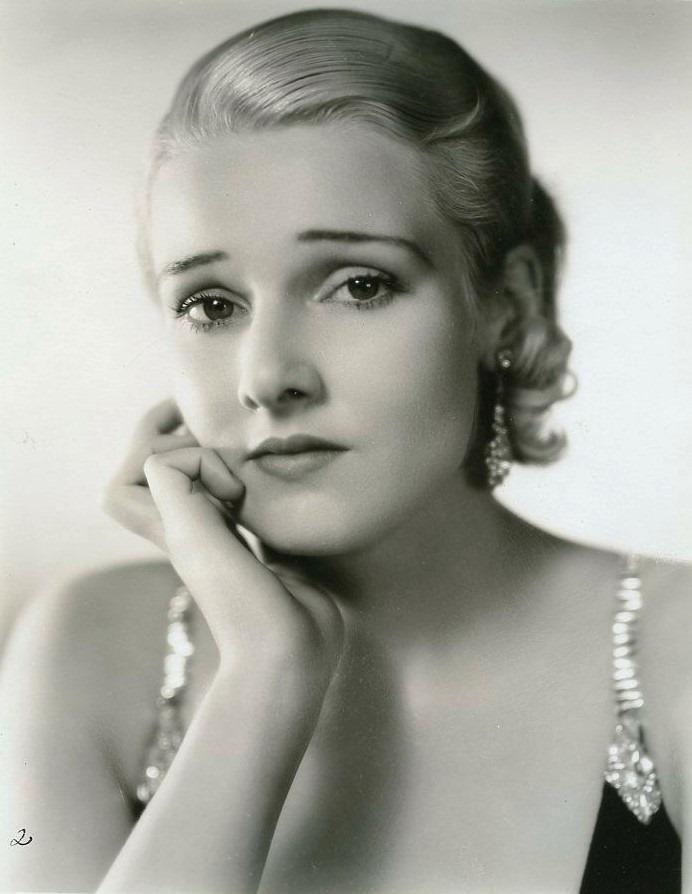 Lola Lane