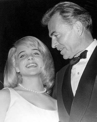 James Mason with Sue Lyon.