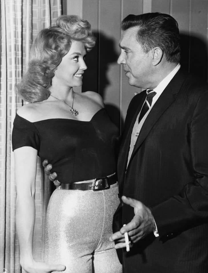 Donna Douglas and Edmond O'Brien