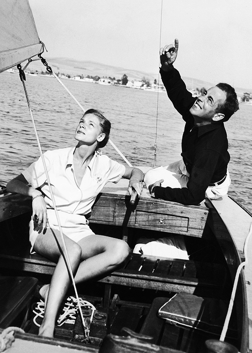 Humphrey Bogart & Lauren Bacall sailing, 1945
