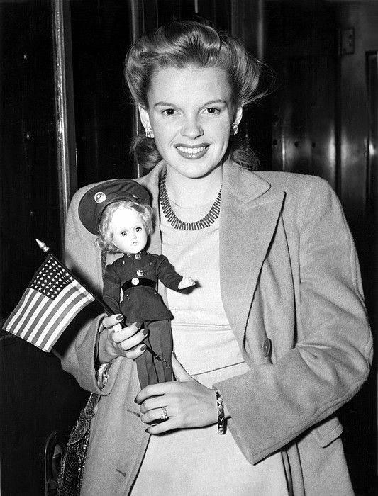 Guest Judy Garland