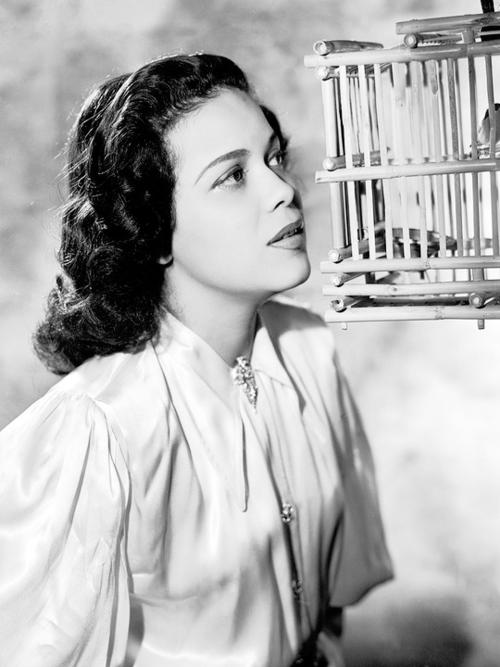 Actress Hilda Simms