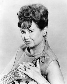 Sandra Gould as Mitzi, Judy's friend