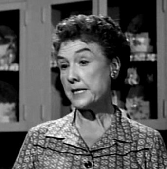 Ruth Perrott as Aunt Aggie