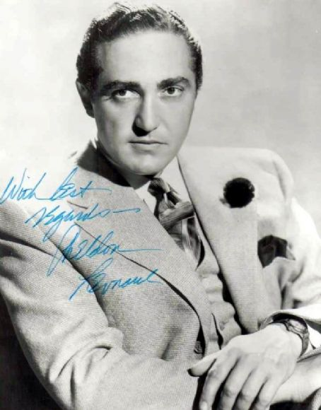 Sheldon Leonard as Joe Crunchmiller