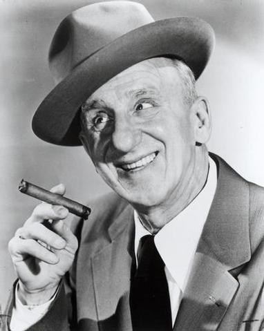 Jimmy Durante as Claudius
