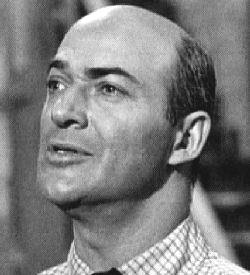 Lawrence Dobkin as Archie Goodwin