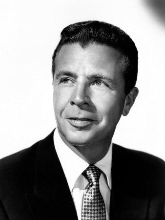 Dick Powell as Richard Rogue