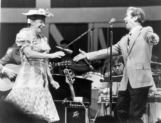Minnie Pearl & Roy Acuff