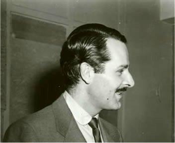 Alexander Scourby as Herbert Temple