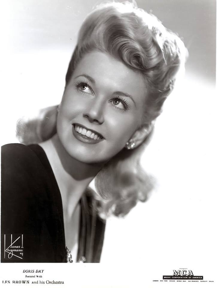 Kraft Music Hall First Song Smile Guest Doris Day