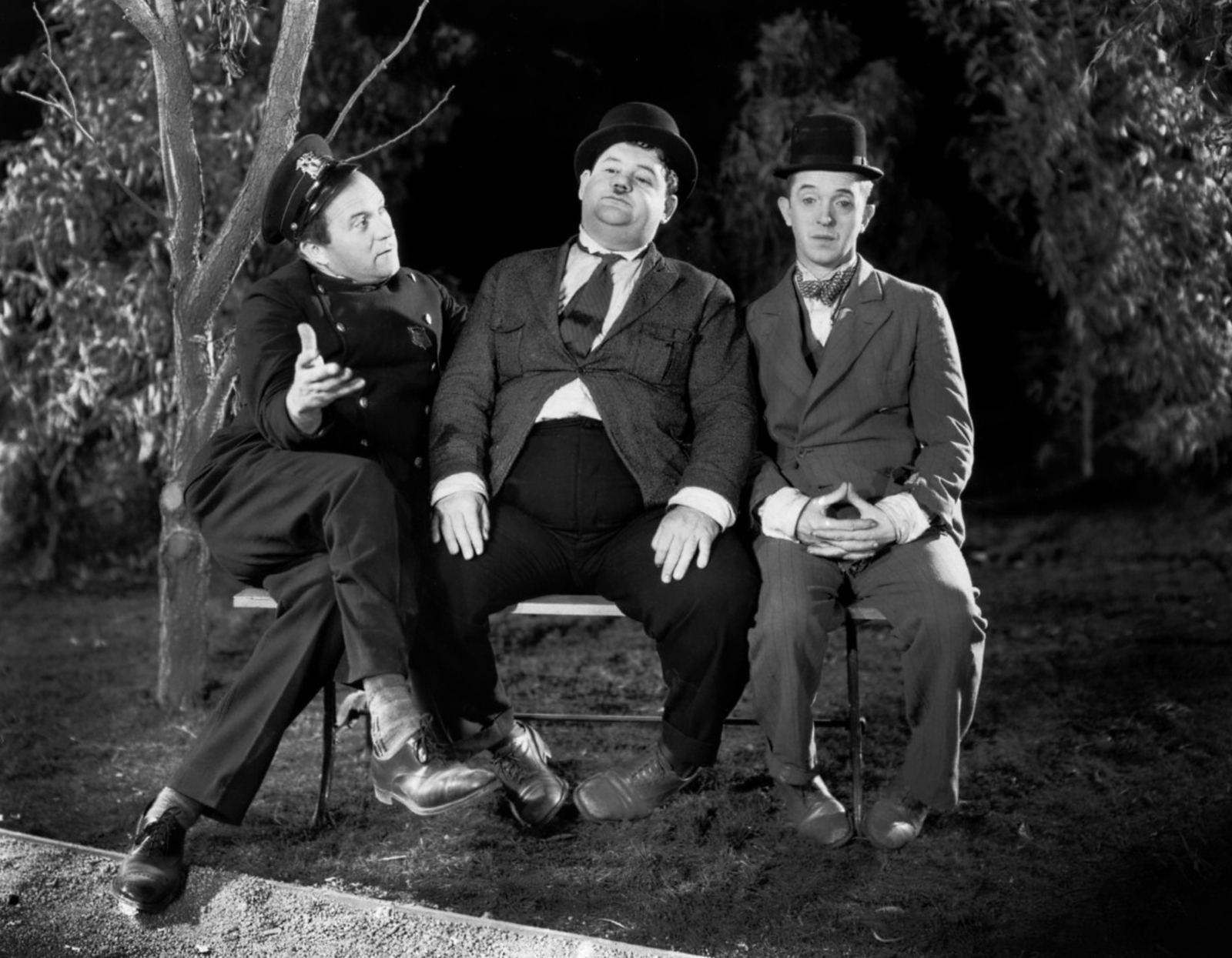 Laurel & Hardy With Edgar Kennedy (L)
