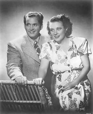 Fibber McGee And Molly 45-03-20 Fixing the Radio Set