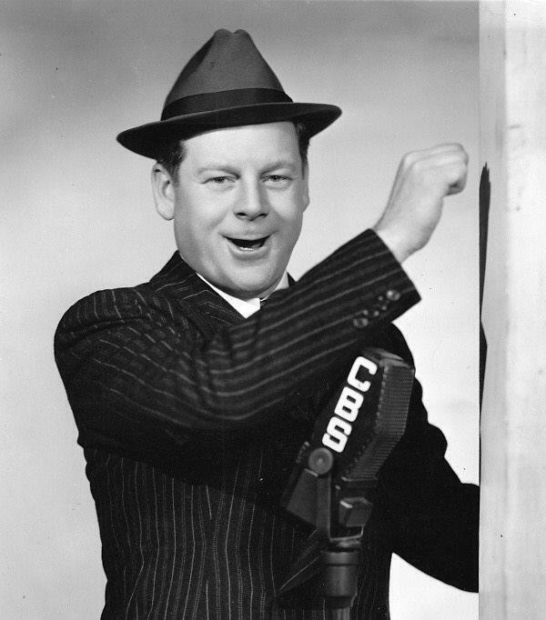 Al Pearce as Elmer Blurt,